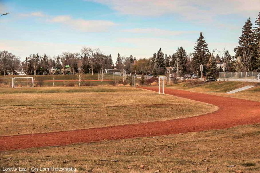 Lendrum's 275 meter Cinder Track photo by Loretta Lee - Cas Lom Photography